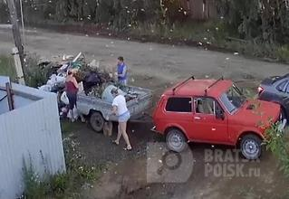 Власти Братска научились ловить дачников, выбрасывающих мусор в неположенных местах