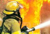 В Братске горел деревянный двухэтажный дом на улице Мира