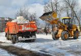 Власти Братска для очистки городских улиц от снега задействовали 40 единиц спецтехники