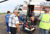 Вертолет МЧС России вылетел на север Иркутской области за пострадавшей туристкой из Москвы